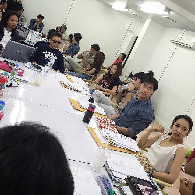 Credit photo instagram ig_rb: เป็นไงบางนะการประชุม ดูหน้าแต่ละคนจริงจังน่าดู