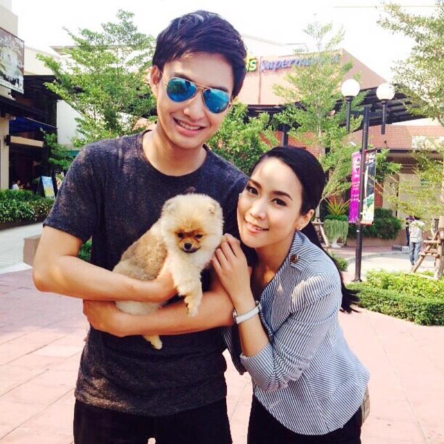 Credit photo jakjaan_akhamsiri ig: เอร้ยน้องหมาตัวใหม่ของธาวินหรือเปล่าเนี้ย เฉลยหน่อยค้า