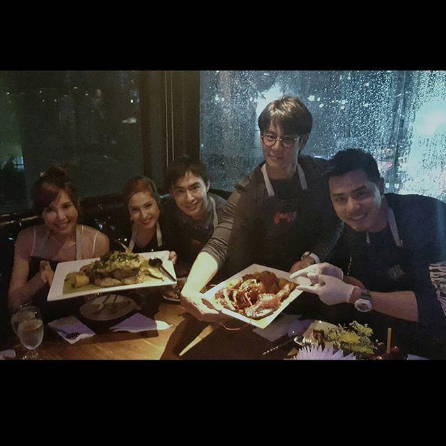 Credit photo kwanusa9 ig: แหมคู่วุ่นประจำกอง มาวุ่นต่อที่ร้านอาหารใช่ไหมคะ มีคลิปไหมคะ ฮา ฮา