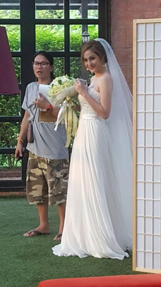 Credit photo prakotkarndee fb: และนี่คือเจ้าสาว และเพื่อนเจ้าสาวซินะ อืมดูไม่เหมือน ฮุ ฮุ