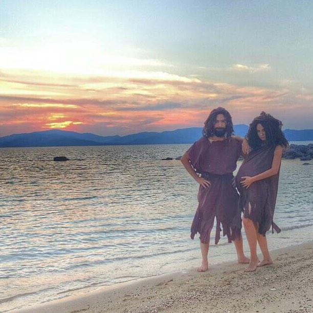 Credit photo tawinxy ig: โห้ทะเลยามเย็นกับครอบครัวชาวเกาะ โห้ยไม่เห็นใจติ่งเลย เมื่อยแก้มมาก